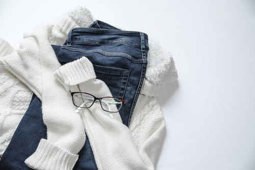 fashion clothes - How to dress simple but look stylish
