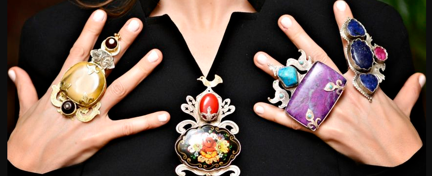 jewelry - Accessories every woman should have in her wardrobe