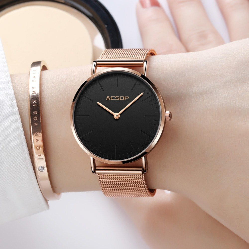 women watches - Types of accessories for ladies and girls