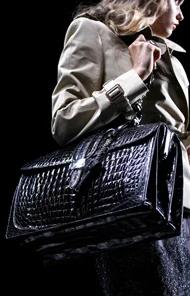 business bag - Handbag etiquette and essential rules.